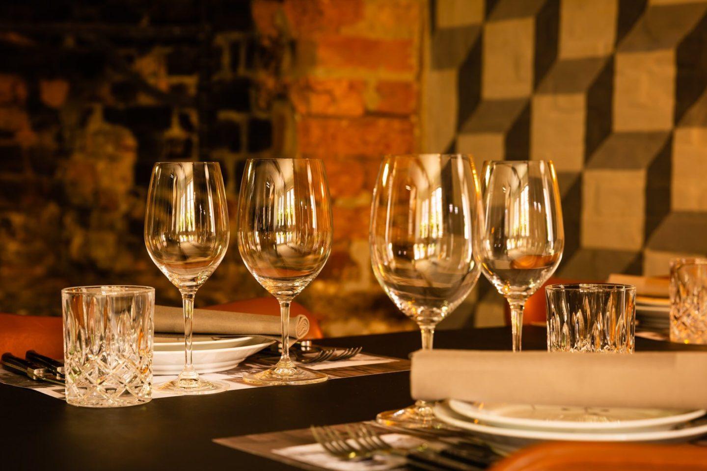 Spisestuen på Restaurant Oluf Bagers Gård i Odense
