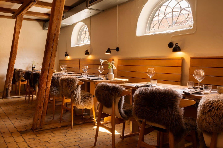 Stalden på Restaurant Oluf Bagers Gård midt i Odense