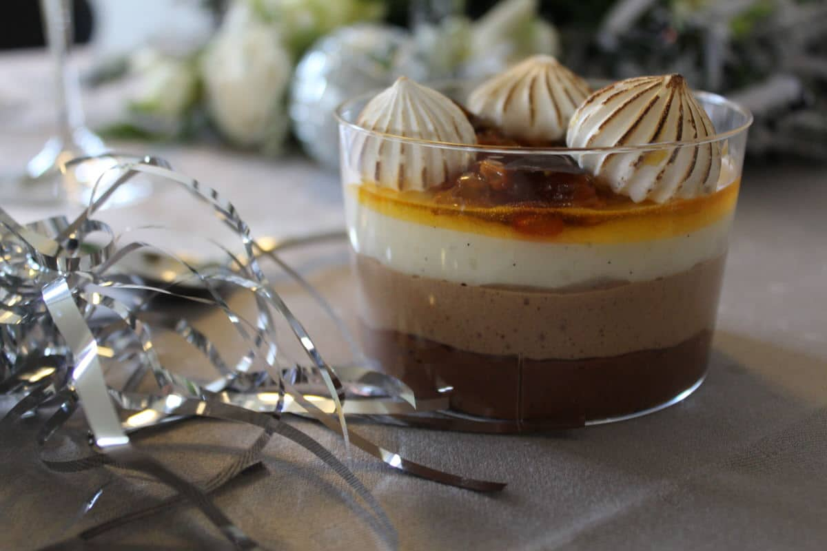 Tre slags chokolademousse - nytårsmenu ud af huset Odense