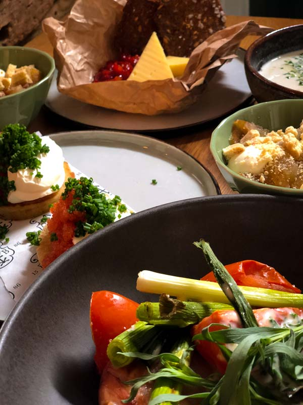 Ny 5-retters takeaway-menu fra Oluf Bagers Gaard i Odense
