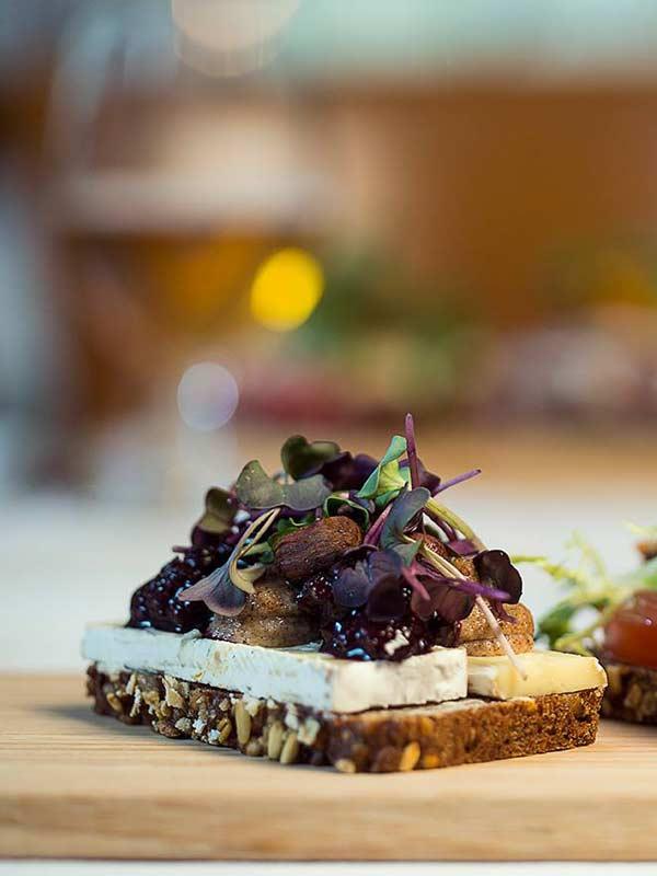Smørrebrød belagt med velsmag i Odense - takeaway og enjoy away
