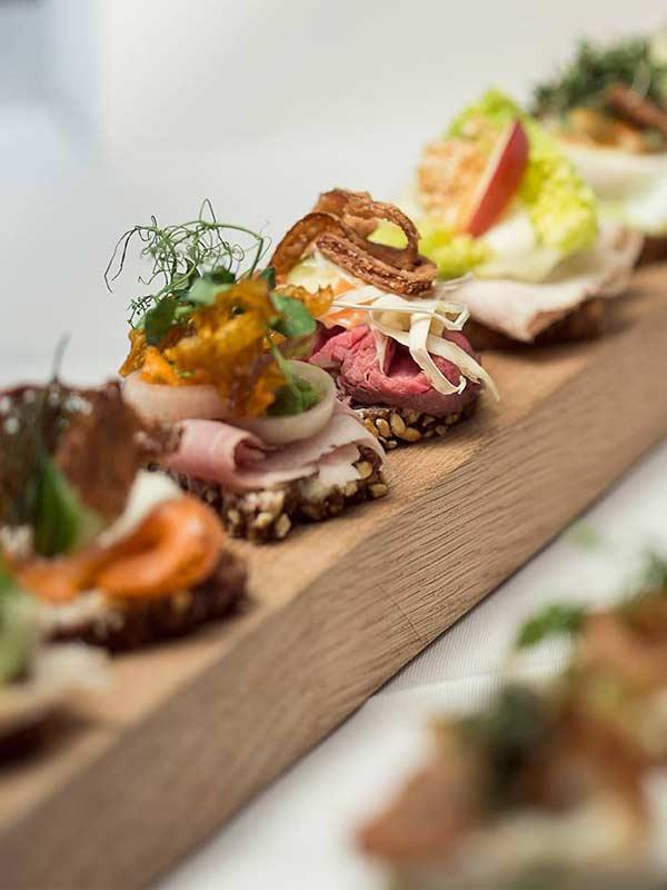 Smørrebrød som hapsere til reception og fest i Odense