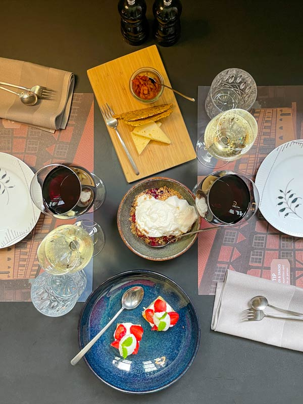 3 desserter - 9-retters menu i Odense