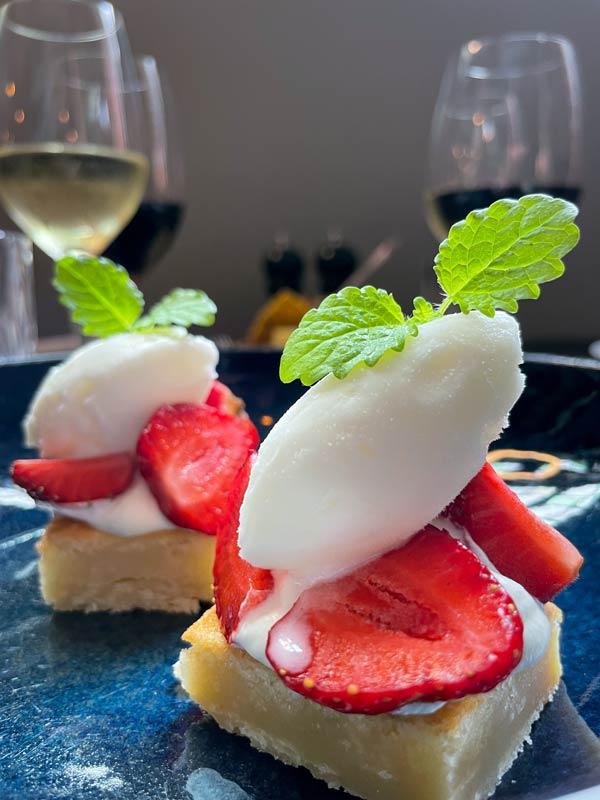 Jordbærtærte - 9-retters menu i Odense
